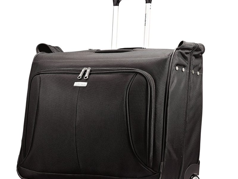 Top 10 Best Garment Bags in 2019 - DTOPLIST 493998941818c