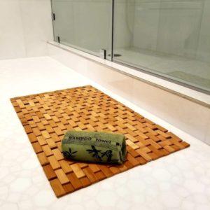 Elegant Bamboo Bath Mat & Bamboo Hand Towel